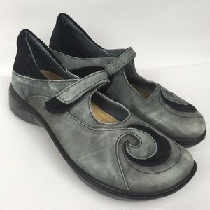 NAOT Sz 8/39 Distressed Leather Mary Jane Shoes